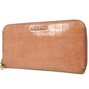 miu miu Round Zip purse Embossed leather wallet